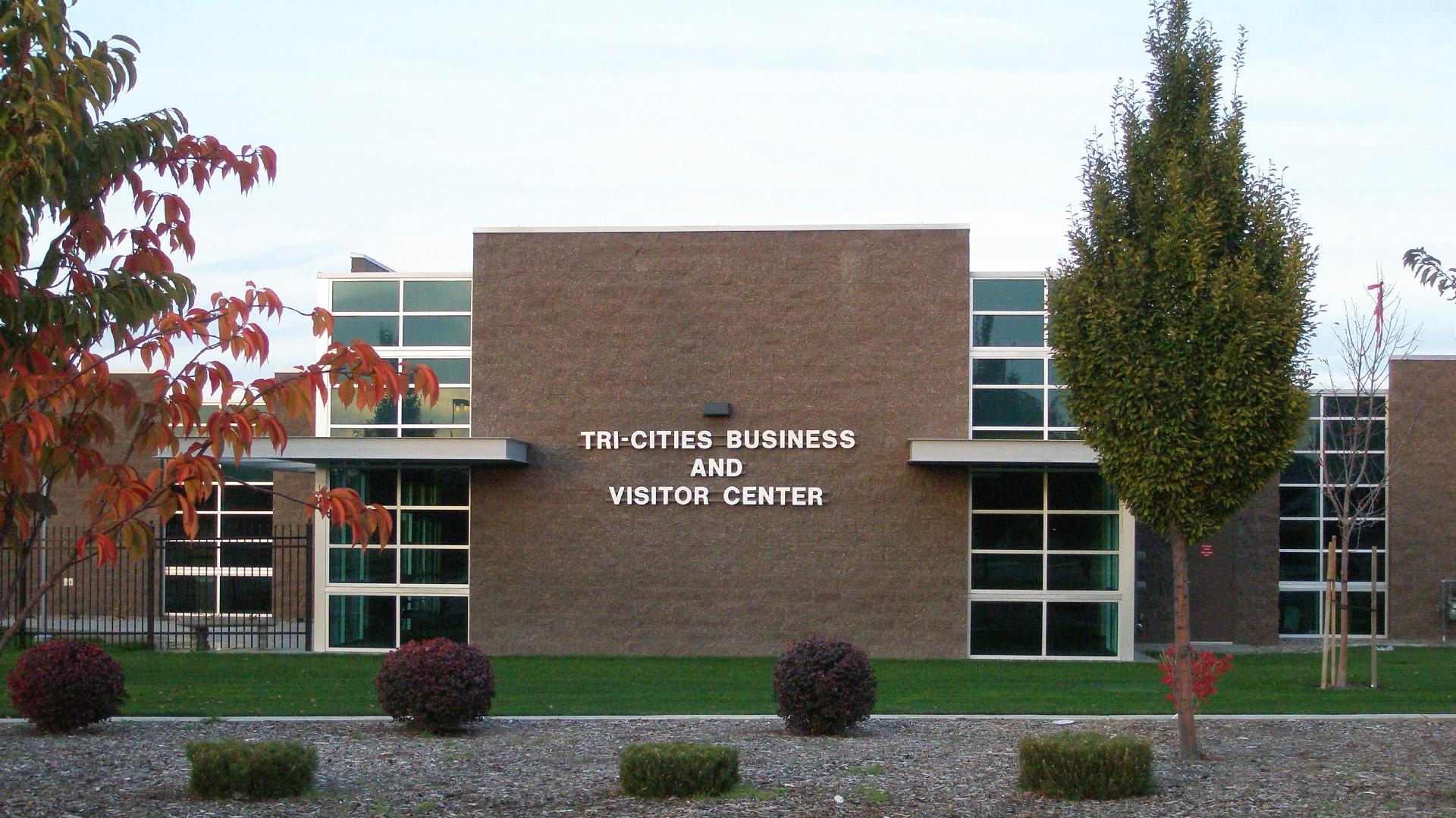 tri city business center - Office